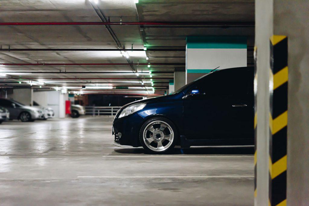 imagen de un parking privado